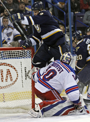 Rangers lose to St. Louis 2-1